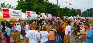 !Taste of Chamblee Crowds 2