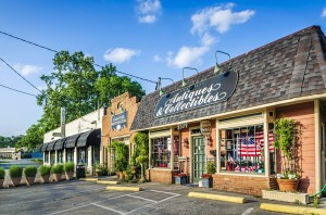 Chamblee Antiques and Collectibles in downtown Chamblee Georgia